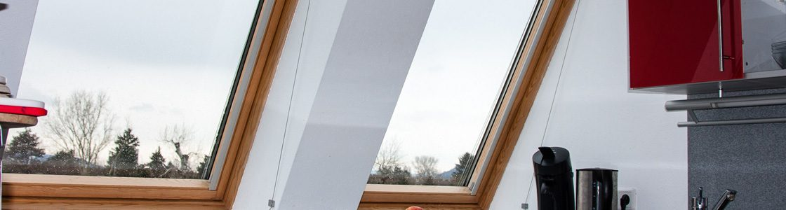 T-STRIPE heats up the window pane along its frame to avoid condensation.