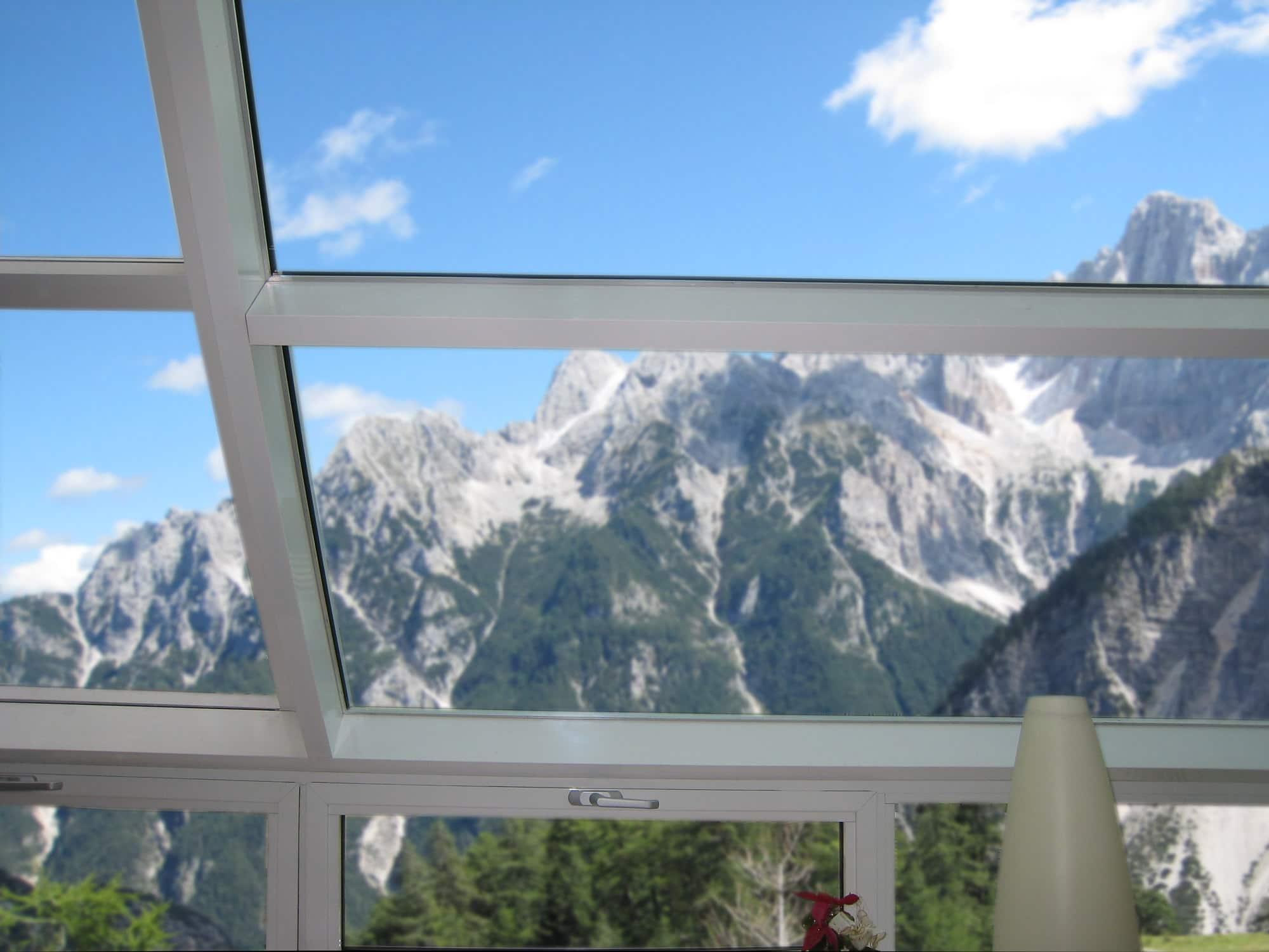 T-STRIPE Fensterheizung / Fassadenheizung vermeidet Kondenswasser Kondensat Schwit