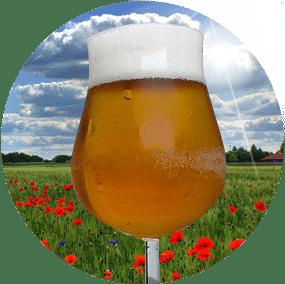 Der Taupunkt wird auf kalen Getränkegläsern unterschritten