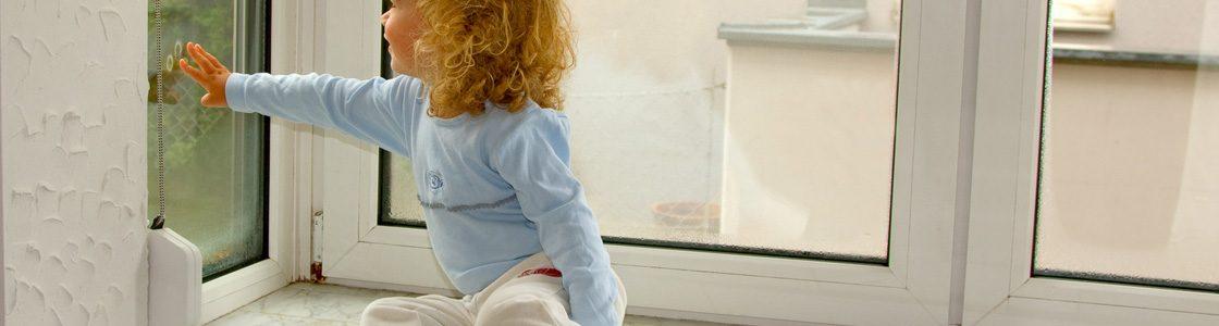 Kondenswasser am kalten Fenster mit T-STRIPE vermeiden