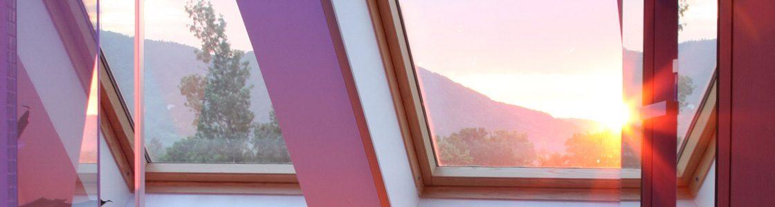 Und so schön (und trocken!) schauen Fenster aus, die mit T-STRIPE ausgestattet sind.